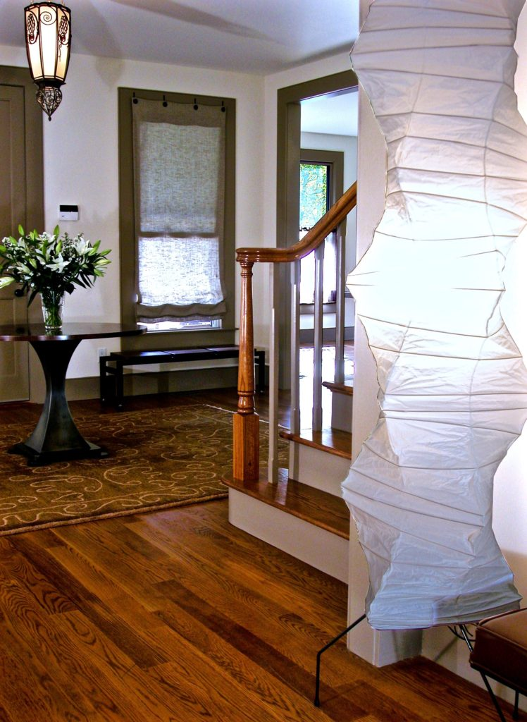 lr-entry-noguchi-lamp